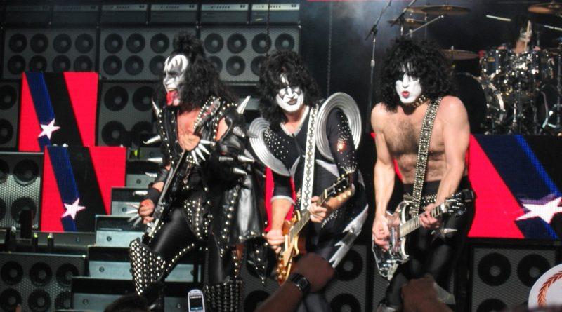 KISS идват в България за прощалното си турне